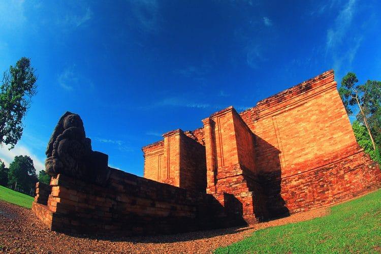 jambi cultural heritage